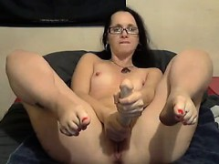 Milf and her dildo on camera play