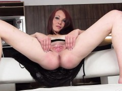 Wacky Czech Girl Gapes Her Narrowed Twat To The Extreme
