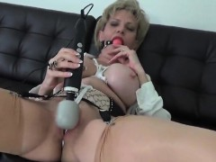 Cheating English Milf Lady Sonia Exposes Her Heavy Tits