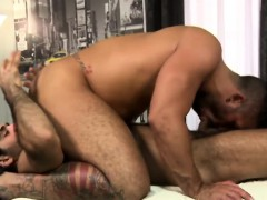 A Cock Hungry Gay Masseur Is In A Pose