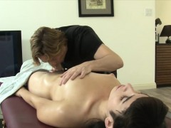 Pretty Tranny Alexa Scout Gets Anal Screwed After Massage