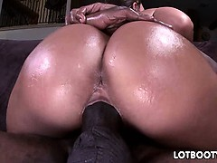Perfect body and nice big ass of Olivia Wilder
