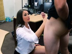 Big butt amateur screwed at the pawnshop to earn extra money