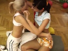 Teens like it big black Cindy and Amber penetrating each oth