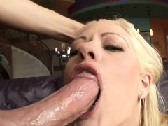 Mature babe is sucking a thick and lengthy male weenie