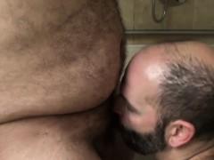 Superchub bear cocksucked by bald bottom