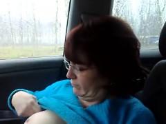 Amateur girlfriend in vehicle