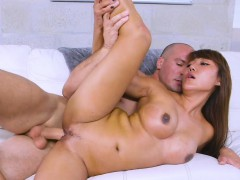 Asian Milf doing yoga and cock in park