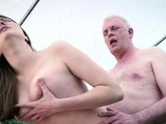 Teen pays grandpa in nature at the yard sale