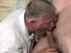 Twink video Sean McKenzie is bound up and at the grace of si